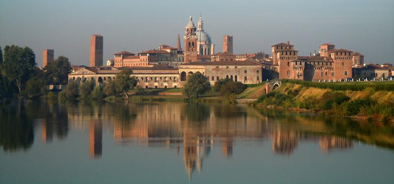 Due diamanti patrimonio dell'UNESCO: Mantova e Verona